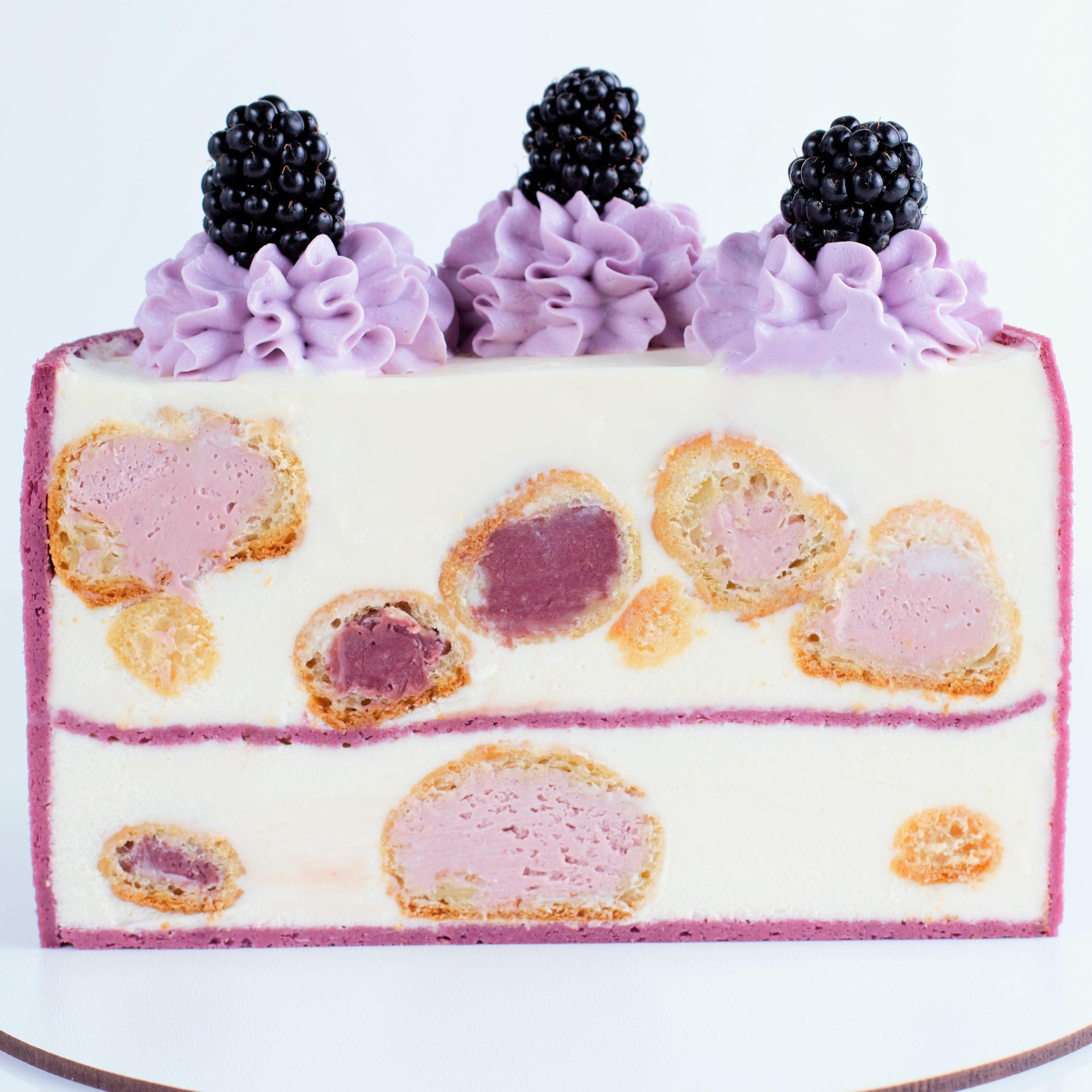 торт с профиторолями